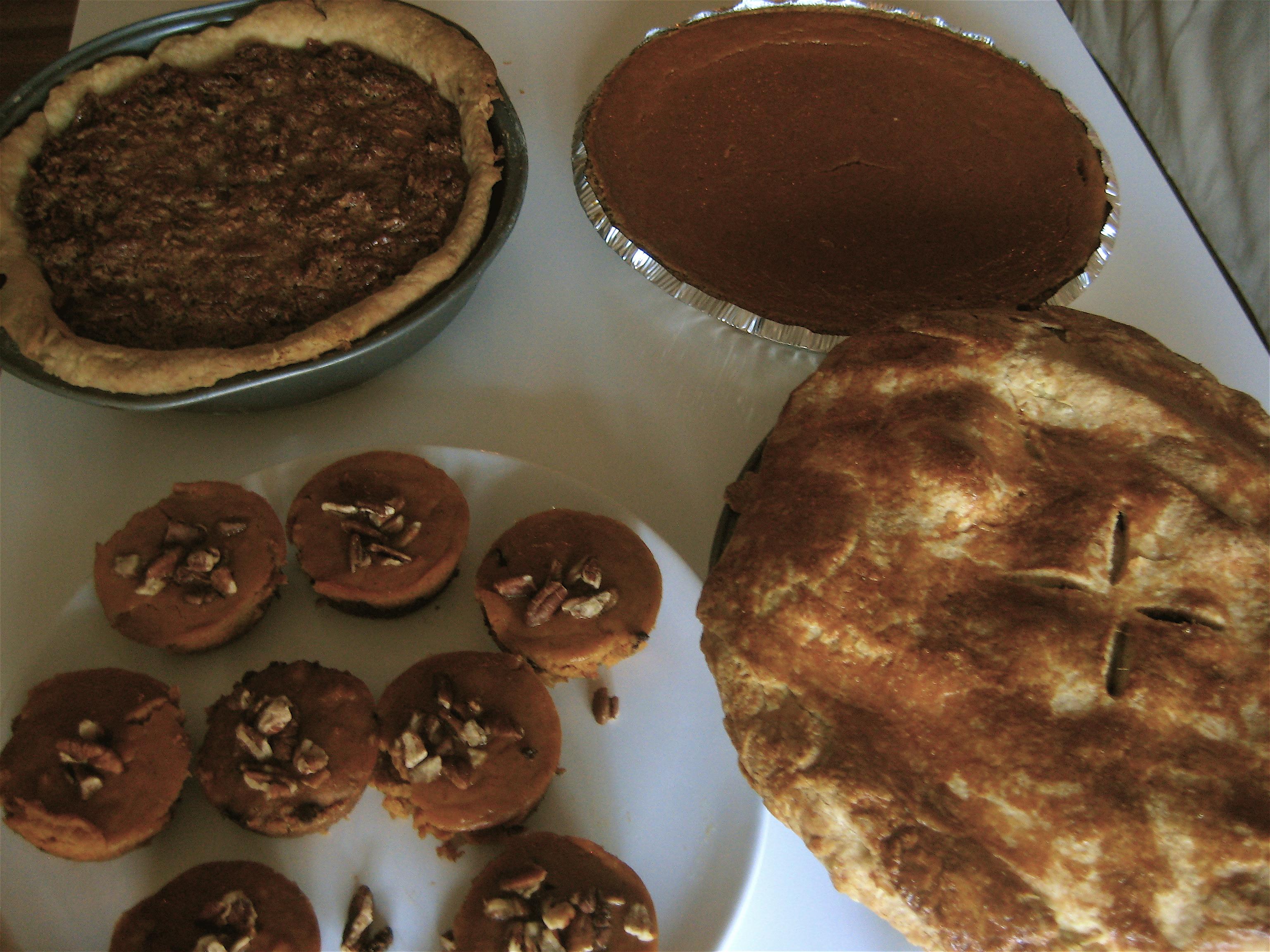 ... Pie, Smooth Pumpkin Pie, Apple Pie and Mini Chocolate Chip Pumpkin Pie
