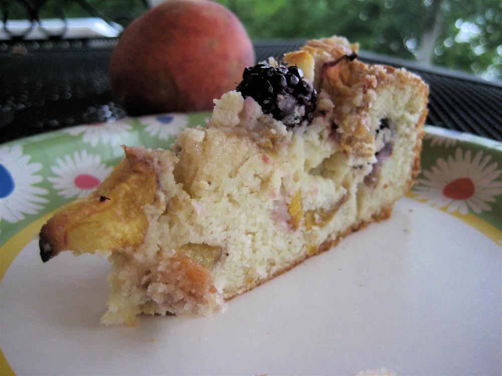 blackberry peach coffee cake
